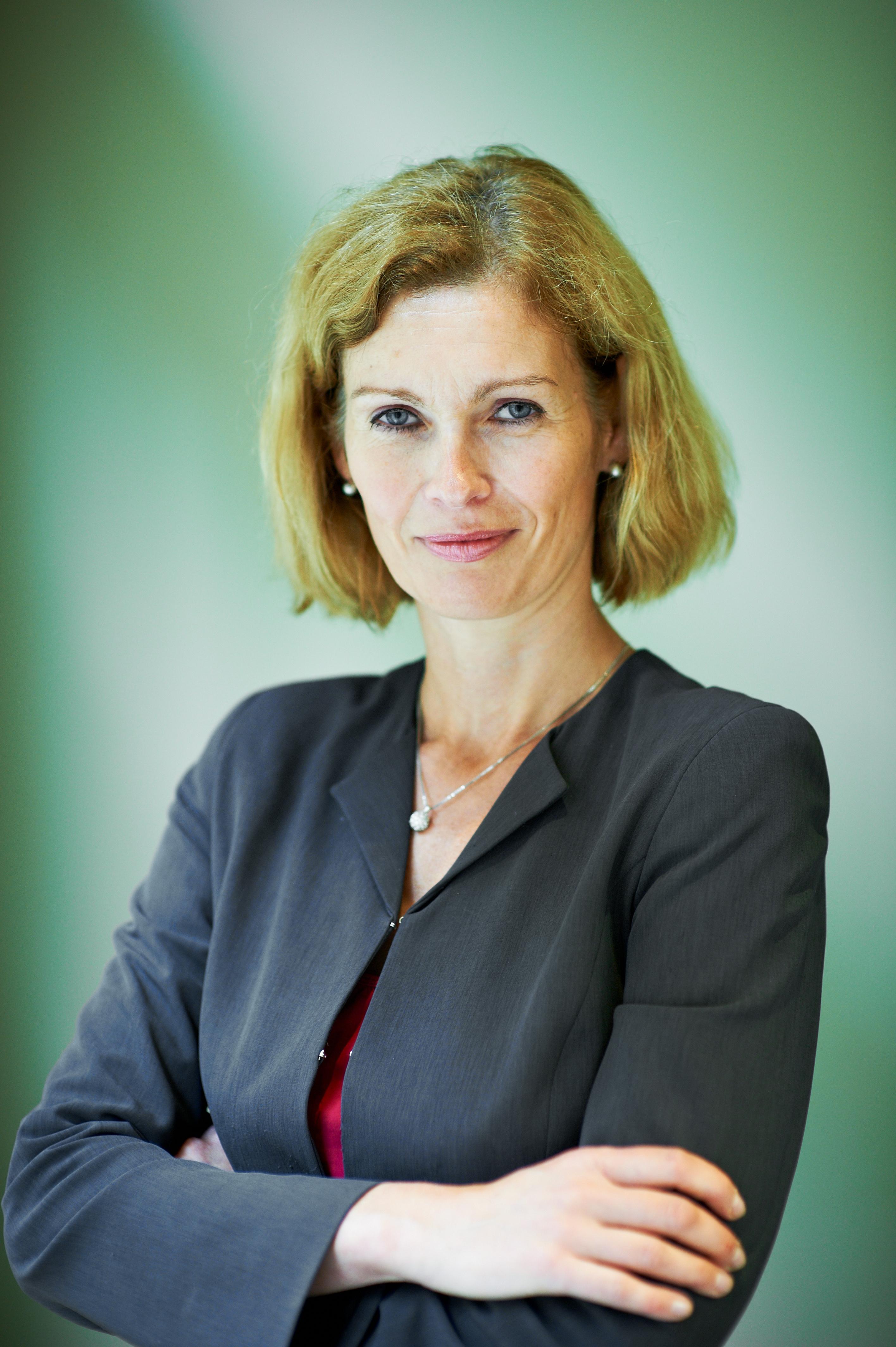 Dr. Susanne Nies